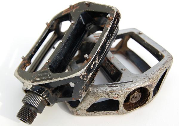 pedal3