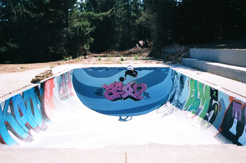 Henny Fiesta Bowl: HennyBadger shredding a 30+ year old pool better than some lifelong skaters can.