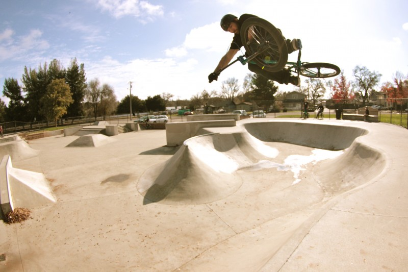 Jesse blasts a table in the Paso Robles snakerun.