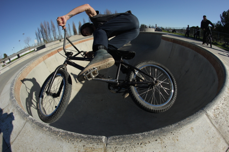 Brian Barnhart taking some laps in the Benicia Skatepark pool.