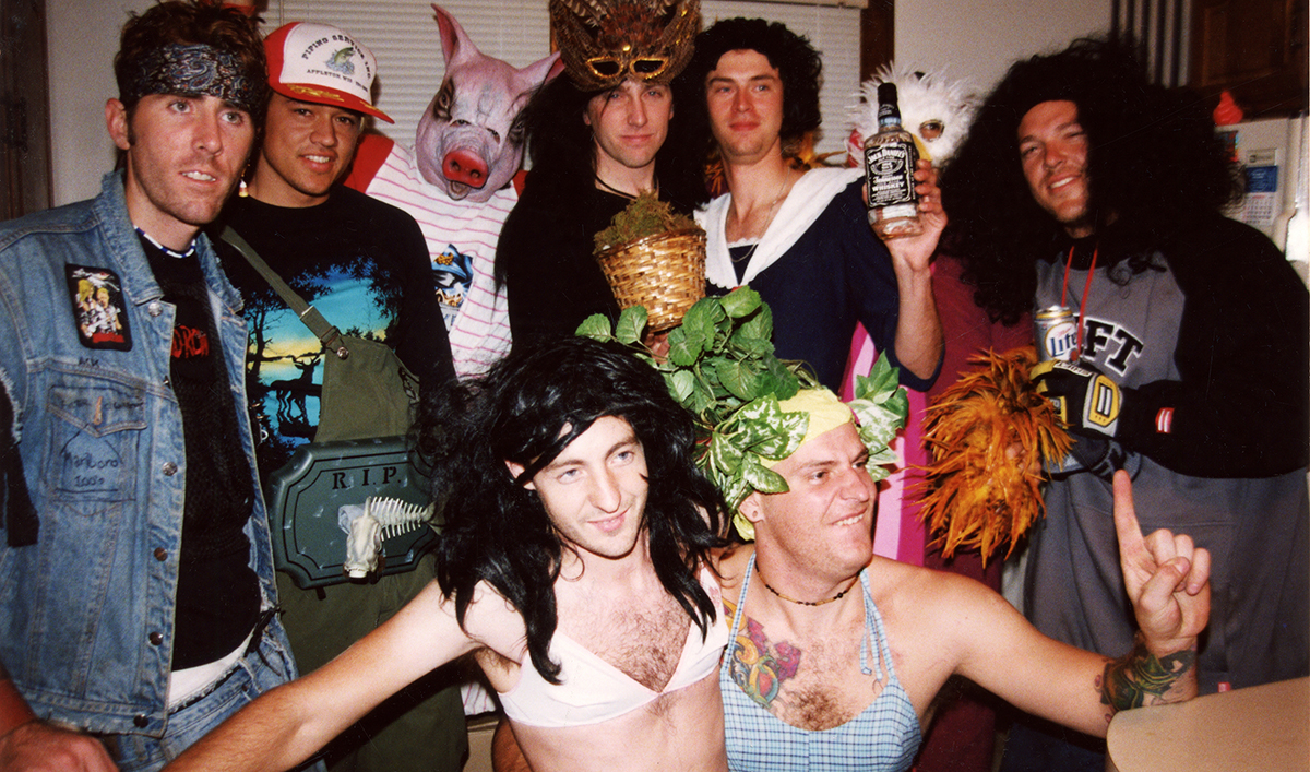 haloweed party crew