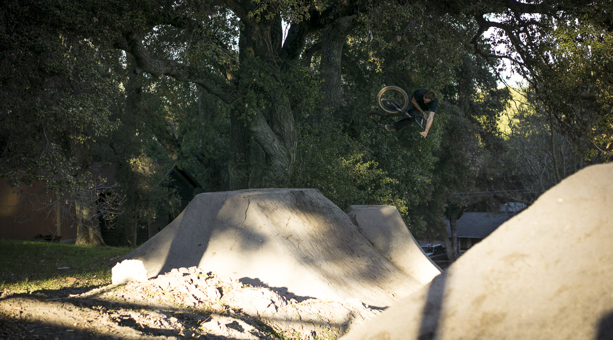 10__2015-12-28-cold-weather-camping-morro-bay_cr_019-cobb-hyde-bmx-trails